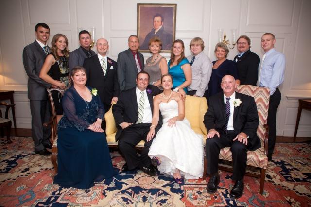 H extended family wedding
